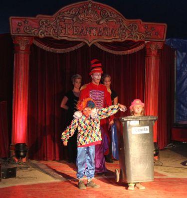 Clowns Mülltonne