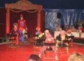 Clowns Stühle2