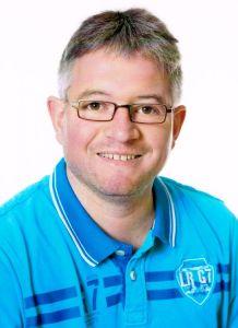 Dirk Henkel, Hausmeister