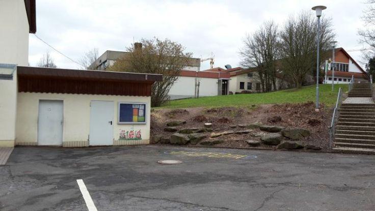 Amphitheater vor dem Anbau