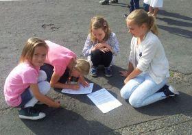 Schüler lernen von Schülern