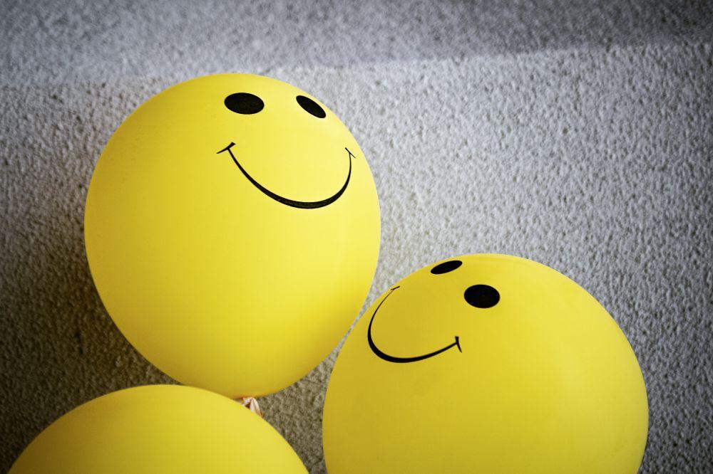 lustige Gesichter Ballons